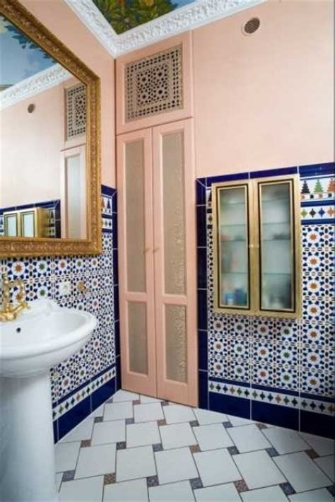 Eastern Luxury: 48 Inspiring Moroccan Bathroom Design