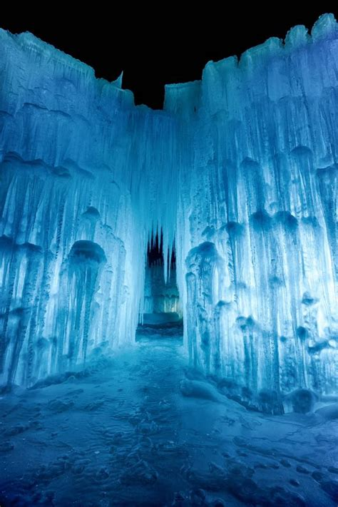 lincoln ice castles   hampshire  straight