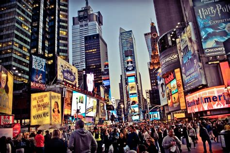 table cuisine retro times square the most visited tourist attraction in the