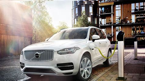 volvos  fully electric car  arrive