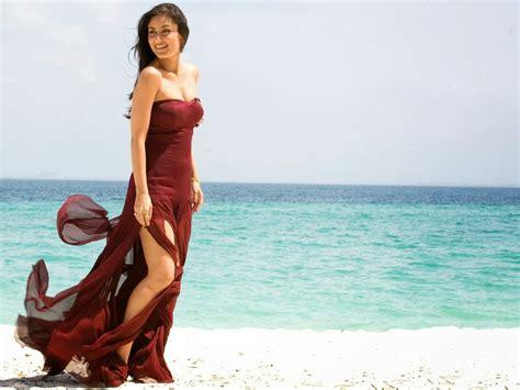 Top Ten Kareena Kapoor Hot And Sexy Photos Wallpapers