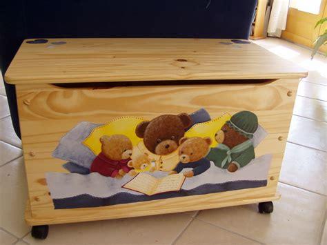 coffre 224 jouets gar 231 on ou fille tous tes peinture sur bois
