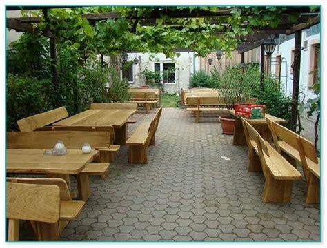 holzfarbe für möbel gastronomie terrassenm 246 bel gebraucht