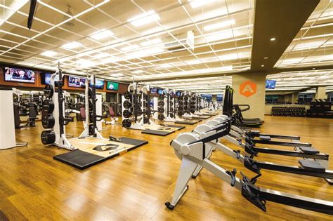 Life Time Fitness - 19 Photos & 12 Reviews - Gyms - 11691 ...