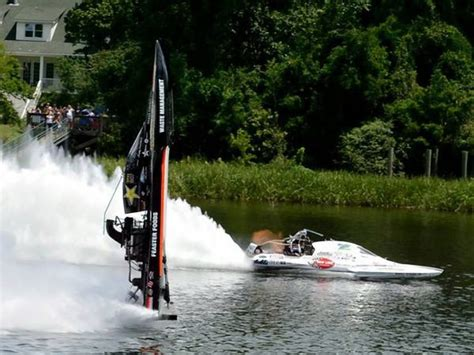 Drag Boat Racing Accidents by 17 Best Images About Flat Bottom Boats On