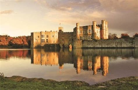 stable courtyard bedrooms at leeds castle hotel maidstone