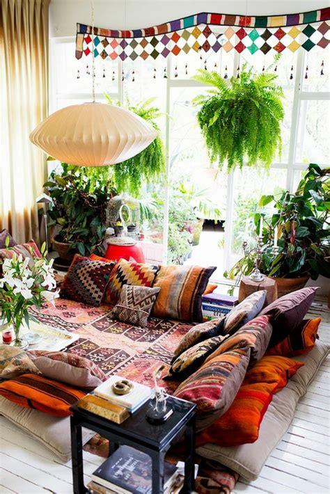 canape boheme 1001 déco uniques pour créer une chambre hippie