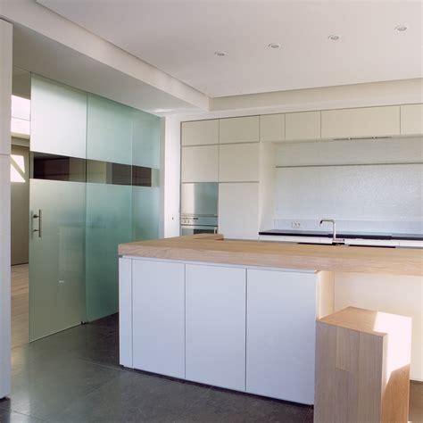 porte coulissante en verre pour cuisine portes coulissantes en verre sur mesure anyway doors