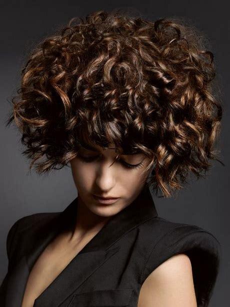 locken frisuren kurze haare