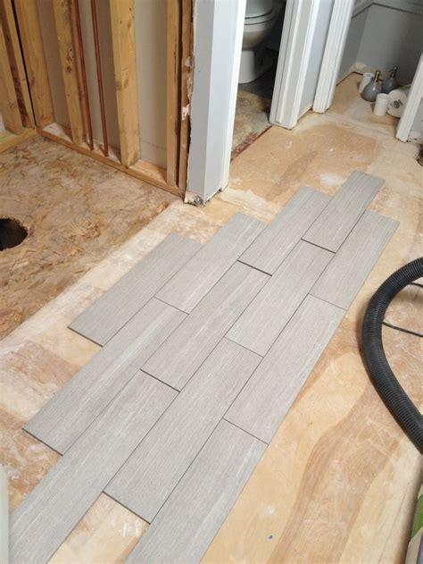 Grauer Boden by Light Gray Floor Tile Bathroom Grey Bathroom Floor
