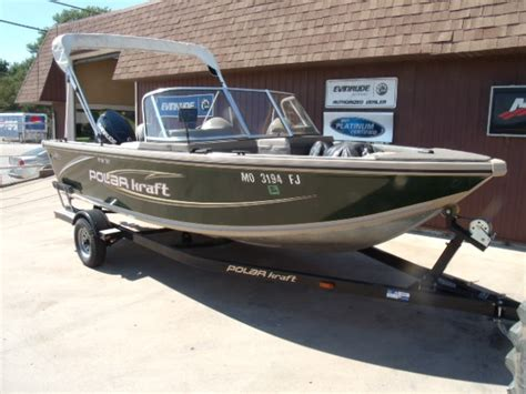 Pontoon Boats For Sale Quincy Il by Home About Us Services Used Boats New Evinrudes New Boats