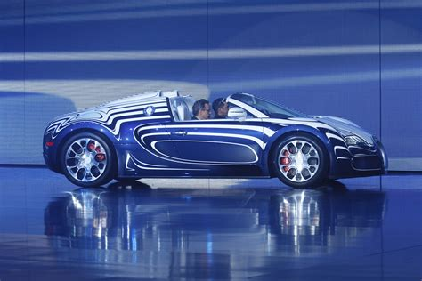 White / soft silver m. Bugatti Veyron 16.4 Grand Sport L'Or Blanc | September 2011,… | Flickr