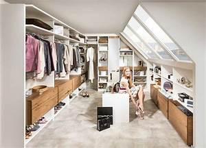 Kleiderschrank In Dachschräge : begehbarer kleiderschrank dachschr ge ideen ~ Sanjose-hotels-ca.com Haus und Dekorationen