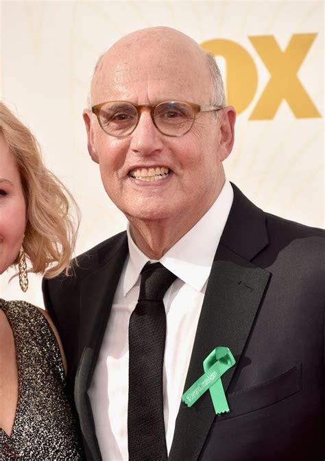 2015 Emmy Awards: Why Were Jeffrey Tambor, Julia Louis ...