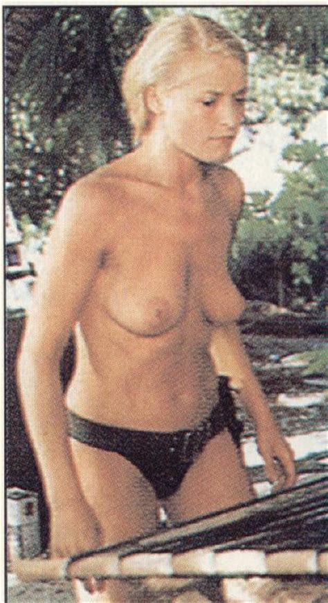 Naked Amanda Donohoe In Castaway