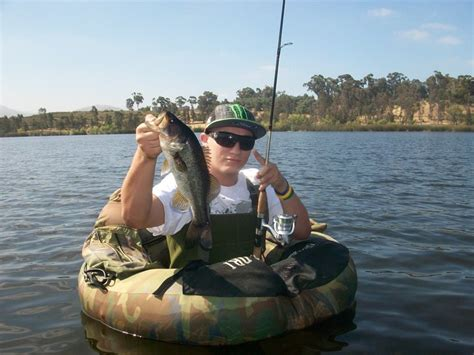 Inner Tube Boat With Trolling Motor by Waders Float Tube Trolling Motor San Diego Fishing Forums