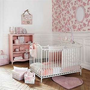 chambre bebe fille decoration chambre bebe fille filles With tour a bois fait maison 10 maisons du monde la collection kids frenchy fancy