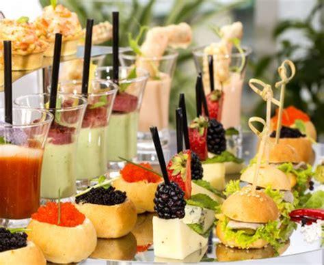 dessert pour apero dinatoire 1000 id 233 es sur le th 232 me buffet de desserts sur tables 192 dessert buffet de sucreries
