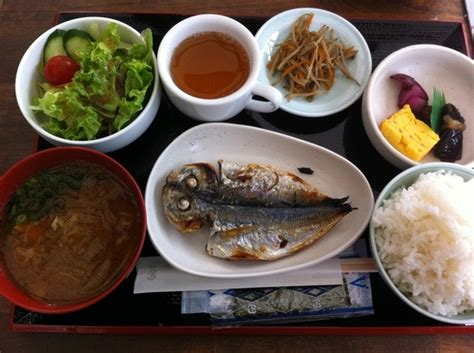 What do Japanese people usually eat at home with their families?   Quora