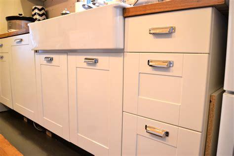 Kitchen Cabinet Hardware Pulls  Elegant Kitchen Design