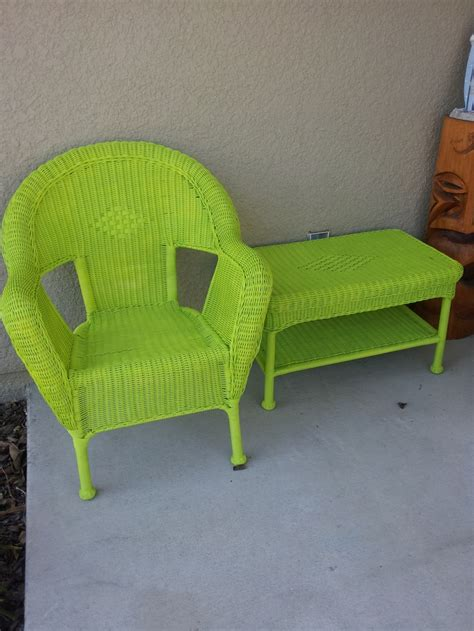 tired of your old wicker furniture spray paint is your best friend for the home pinterest