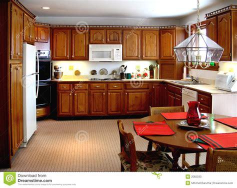 cuisine ancienne bois une cuisine plus ancienne photos stock image 2082033