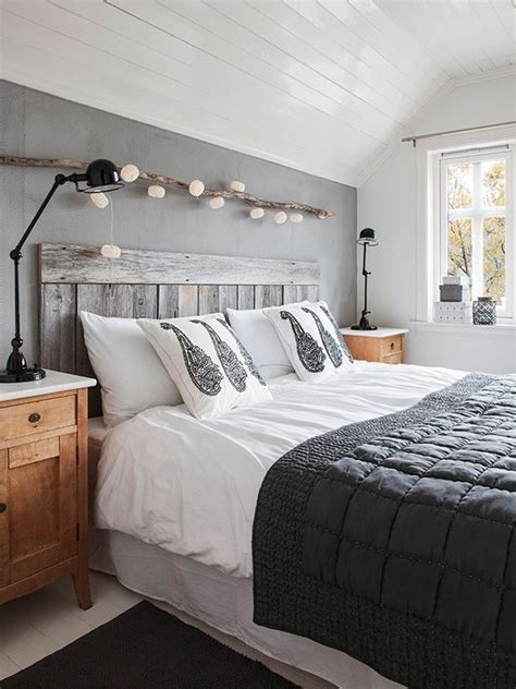 White Rustic Headboard by Rustic White Washed Pallet Headboard Bed Frames