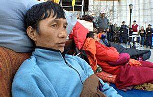 Tibetans end hunger strike outside UN, 1 month after it ...