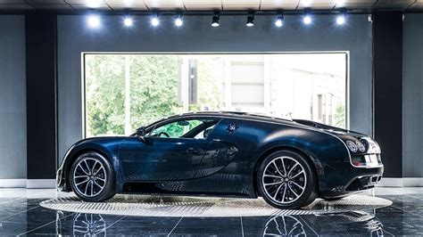 Blue Carbon Bugatti Veyron Super Sport For Sale At €