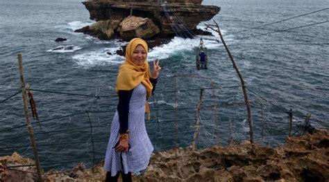 ide fashion  hijaber   liburan ceria musim