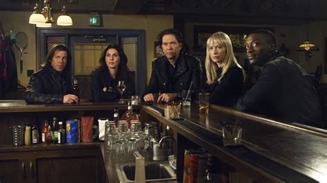 timothy hutton show leverage timothy hutton christian kane aldis hodge gina bellman