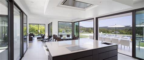 cuisine villa villa sainte victoire par henri paret architecte avec