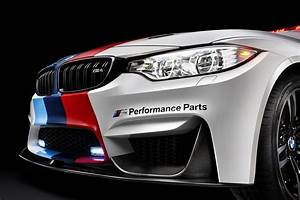 Gp Auto : bmw m4 motogp safety car w m performance parts m performance exhaust clip ~ Gottalentnigeria.com Avis de Voitures