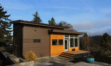 backyard cottage small houses economical small cottage house plans home plans seattle
