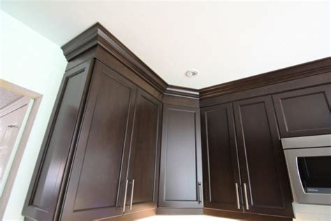 molding for cabinets aristokraft cabinet crown molding remodeling your home