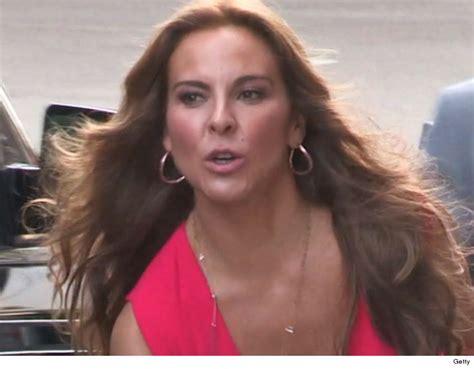 actress kate del castillo kate del castillo demands international investigation