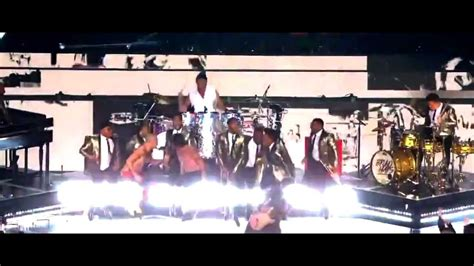 Red Hot Chili Peppers Super Bowl Half Time 2014 Give It
