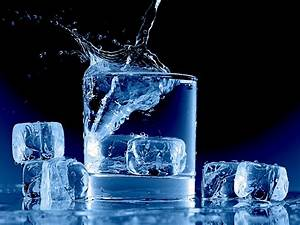 Ice Water Splash wallpaper – Some Republicans Admit They ...