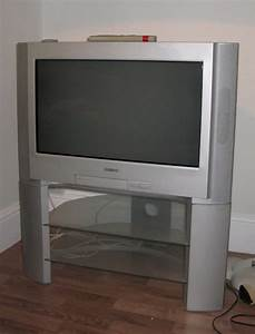 Sony 26 U0026quot  Sony Trinitron Tv Silver  With Matching Stand