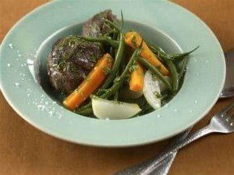 recette du pot au feu marmiton pot au feu joue de boeuf 28 images recette de pot au feu au paleron de bœuf la recette