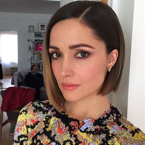 rose byrne official instagram annie 2014 rosebyrnesource rose ready for the annie