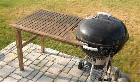 grilltisch selber bauen praktischer grilltisch f 252 r weber kugelgrill 57cm den grilltisch kann auch selber bauen