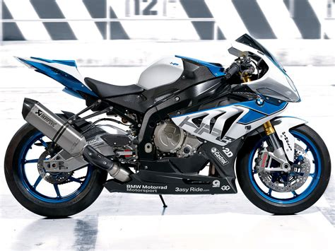 Motorcycle Bmw by 2013 Bmw Hp4 Motorcycle Pictures Review Insurance