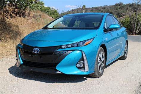 Best In Hybrid Cars by Best Deals On In Hybrid And Electric Cars For May 2019