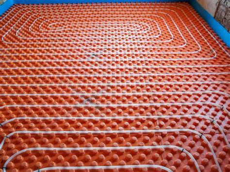 How Does Radiant Floor Heating Work?   DIY