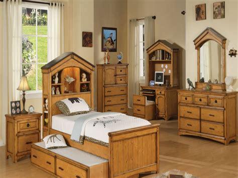 Different Bedroom Furniture, Oak Bedroom Furniture Sets