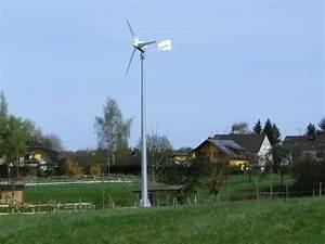 Strom Im Garten : mit windrad im garten strom erzeugen windenergie f r das zuhause ~ Frokenaadalensverden.com Haus und Dekorationen