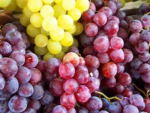 Wallpapers Red Grapes