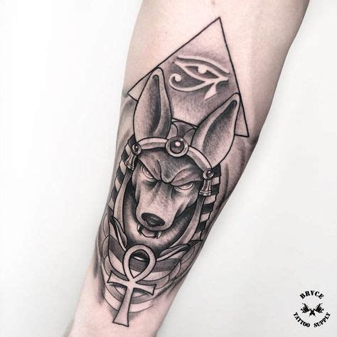 Interessante Ideenfarbiges Handtattoo by Anubis Tattoos Anubis
