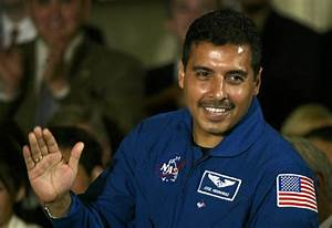 Hispanic Astronauts Jose Hernandez - Pics about space